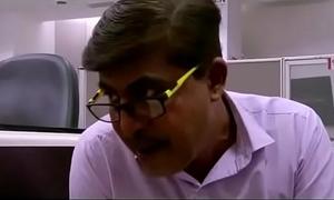 Fold up Teacher-2 (2016) Hindi HDRip HD (Mp4Moviez.name)