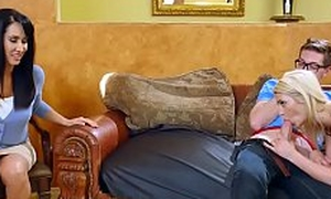 Brazzers - Seduced Relating to of Babyhood Aubrey Gold_and_Isis Love_and_Buddy Hollywood