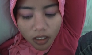 Asian tongues teen screwed relating to the brush jeans